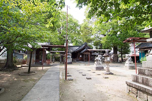 松原八幡社境内の風景