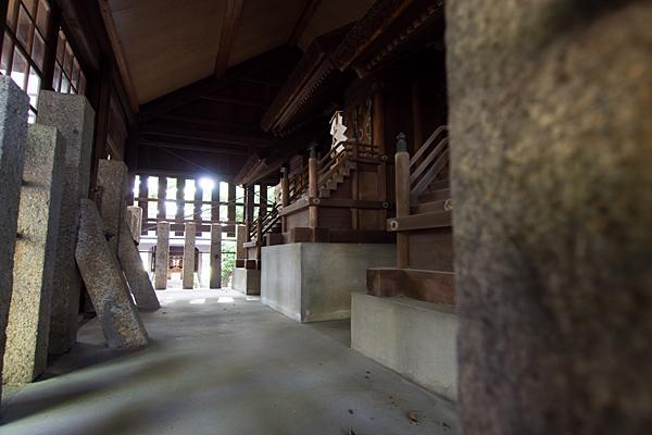 小塚町若宮八幡社本殿