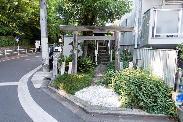 新宮坂神社