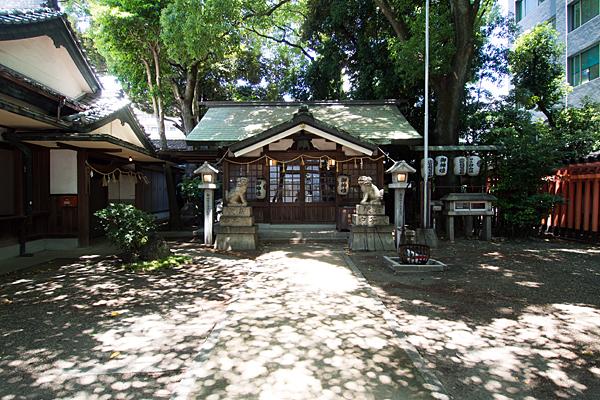 榊森白山社拝殿