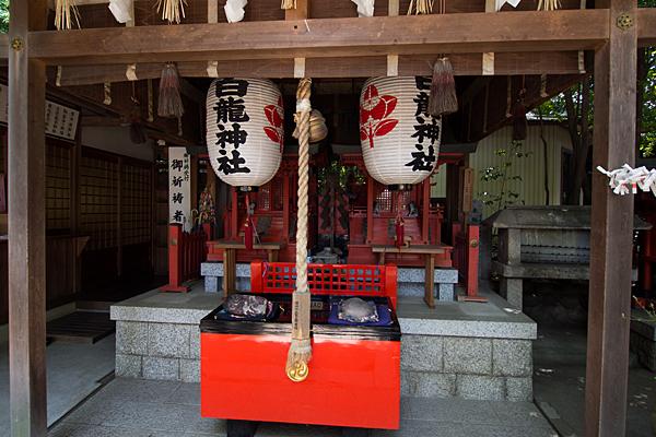 御器所八幡宮白龍神社