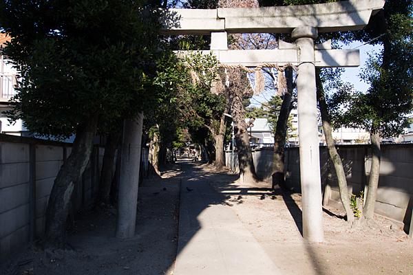 綿神社一の鳥居前