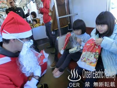 181208_santa_train_15.jpg