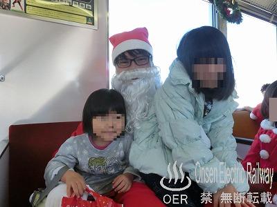 181208_santa_train_16.jpg