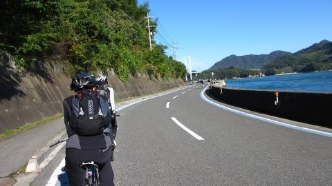 伯方・大島大橋が見えてきました。