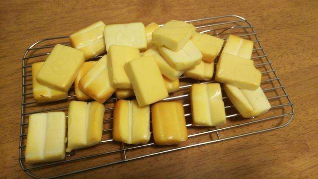 燻製チーズ出来た