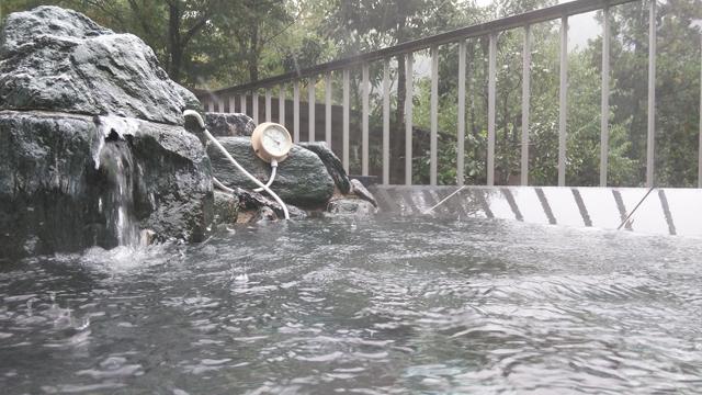 秋川渓谷瀬音の湯にて