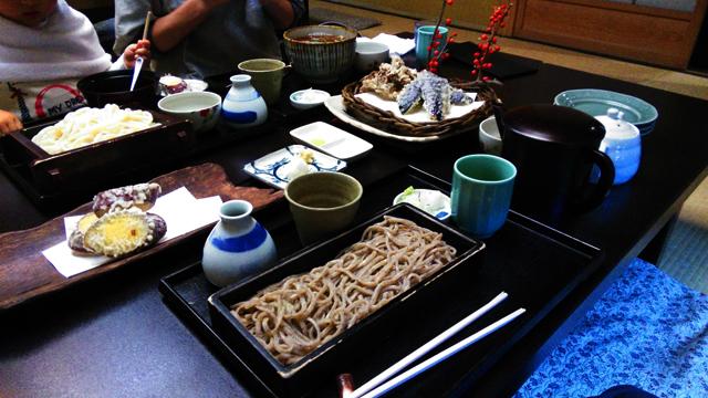 寿庵忠左衛門さんにて食べた蕎麦・饂飩・天麩羅