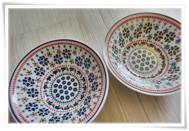 セリアさんで買ったお皿♪ほぼ2年後、可愛ぇぇからまた同じよーなの買ってしもーたじゃないですかッ!!\(  ̄■ ̄)/な話。