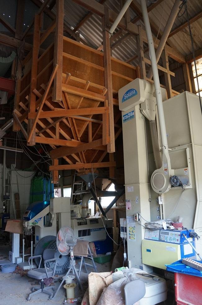 乾燥機と籾摺り機1