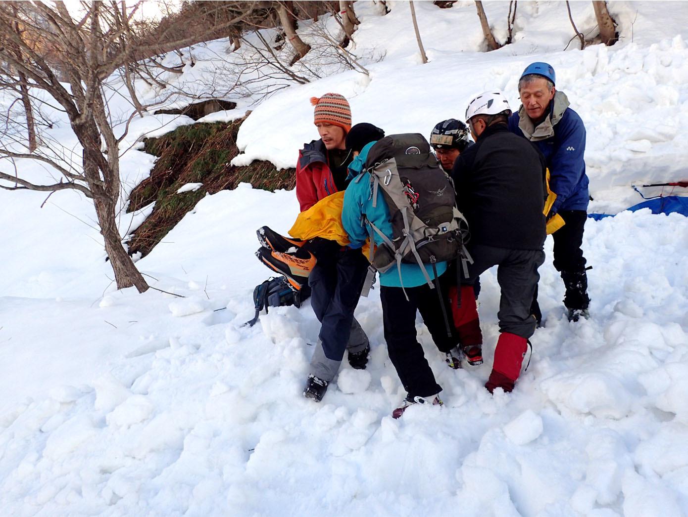 関東雪崩(46)