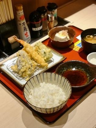 丶松伊勢佐木町(モール)、天ぷら定食3