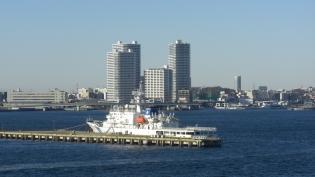横浜大桟橋。飛鳥Ⅱ、パシフィックビーナス10