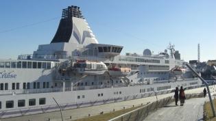 横浜大桟橋。飛鳥Ⅱ、パシフィックビーナス11