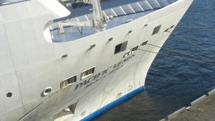 横浜大桟橋。飛鳥Ⅱ、パシフィックビーナス12