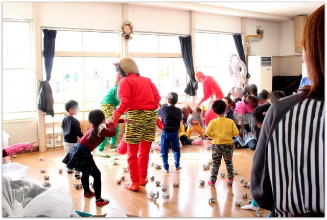 青森県 弘前市 保育園 節分 豆まき 行事 出張 写真 撮影 カメラマン インターネット 販売 スナップ