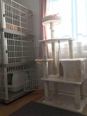 3段ケージとキャットタワー