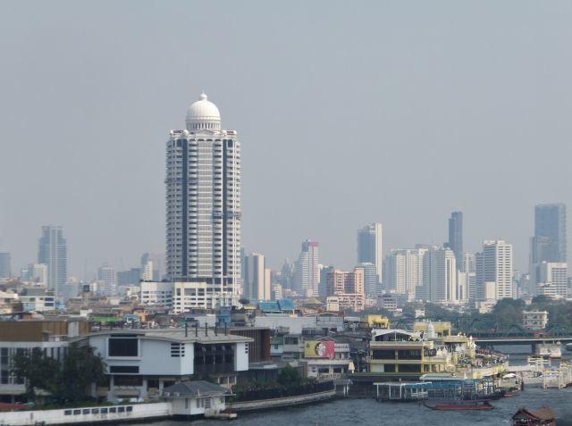 タイ バンコク 街並み