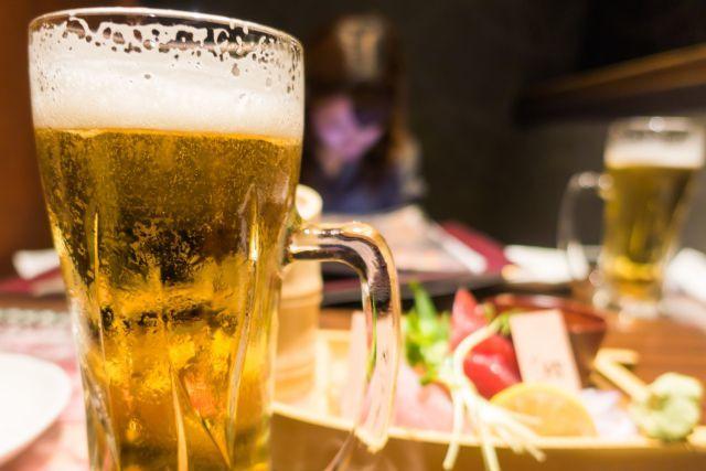 アルコールを飲むと、何故尿の量が増える?