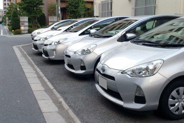 駐車自動車
