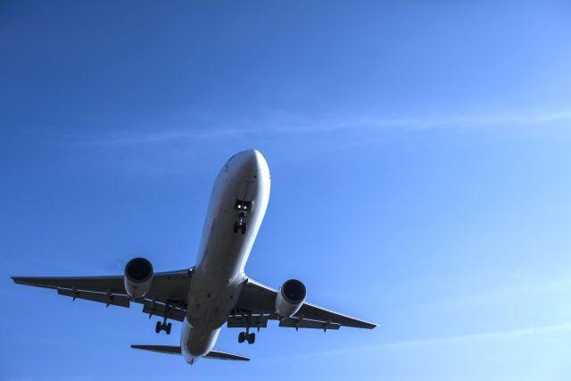 飛行機の機内で起こった犯罪は、どこの国の法律で裁かれる?