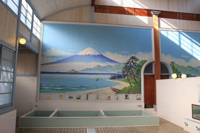 東京の銭湯は、明治18年まで混浴だった?