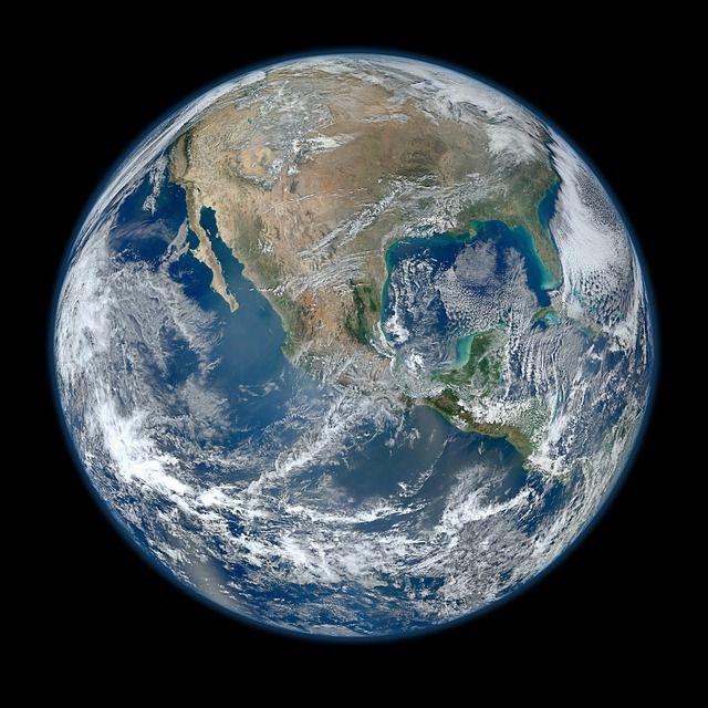 地球は、毎年0.002ミリメートルずつ縮んでいる?