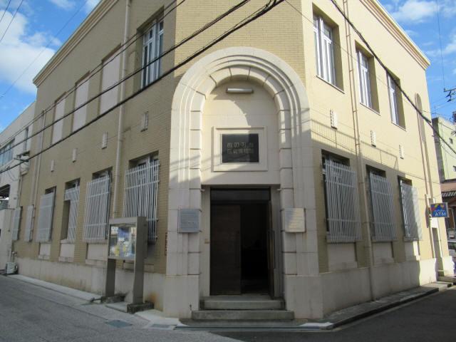 旧尾道銀行本店2