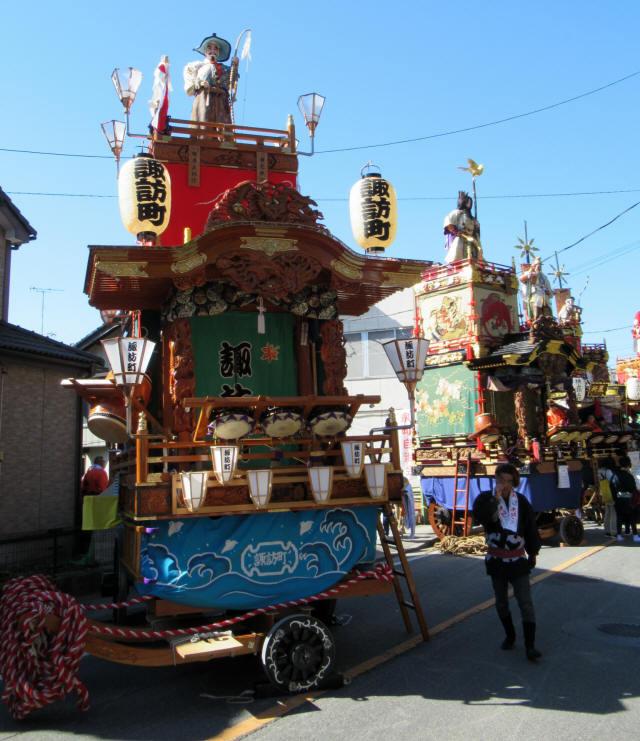 諏訪町の山車1