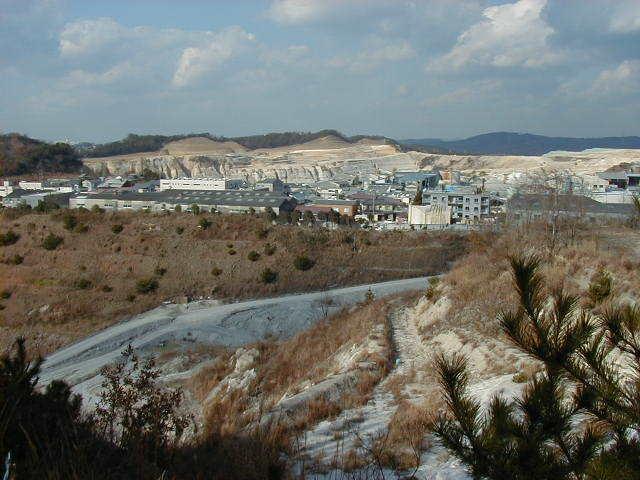 陶土・珪砂採掘場3