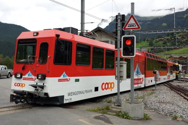 swiss_train.jpg