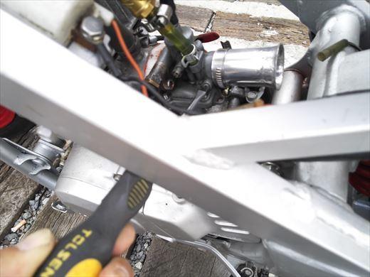 エンジン不調の原因 (2)