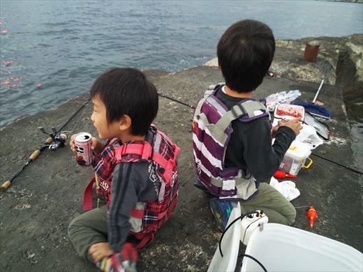 富津市の海で釣り (28)