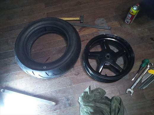 タイヤ履き替え (31)