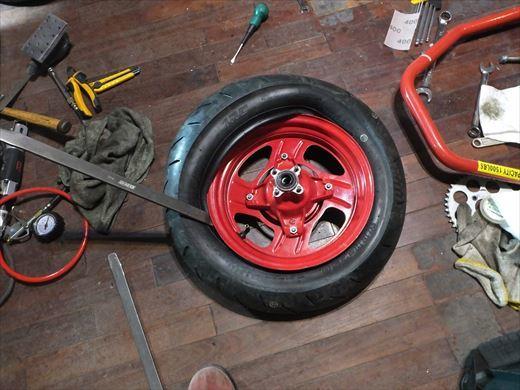 タイヤ履き替え (5)
