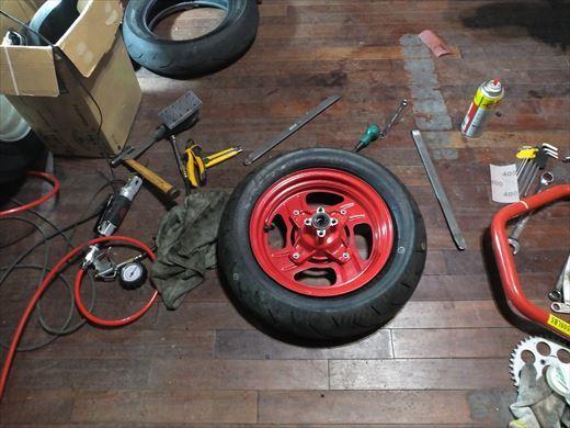 タイヤ履き替え (6)