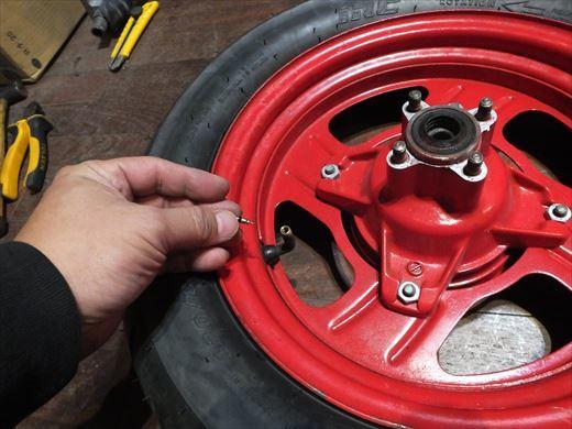 タイヤ履き替え (10)