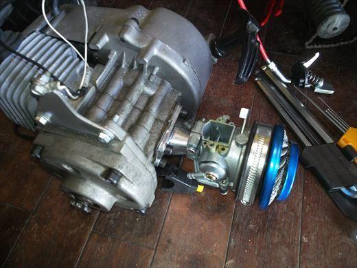 ②ポケバイエンジン載せ替えとステップ作成 (8)