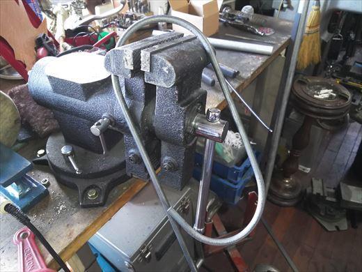 ②ポケバイエンジン載せ替えとステップ作成 (13)