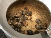 巻き貝つぼ焼き180112