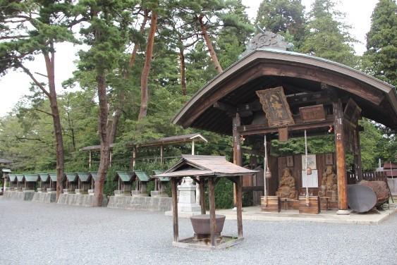大黒・恵比寿様と十二支神社