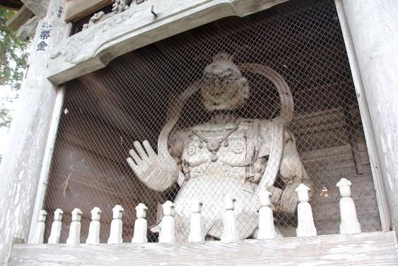 山門の仁王像