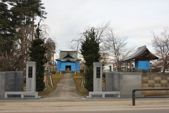 文殊堂と先聖殿