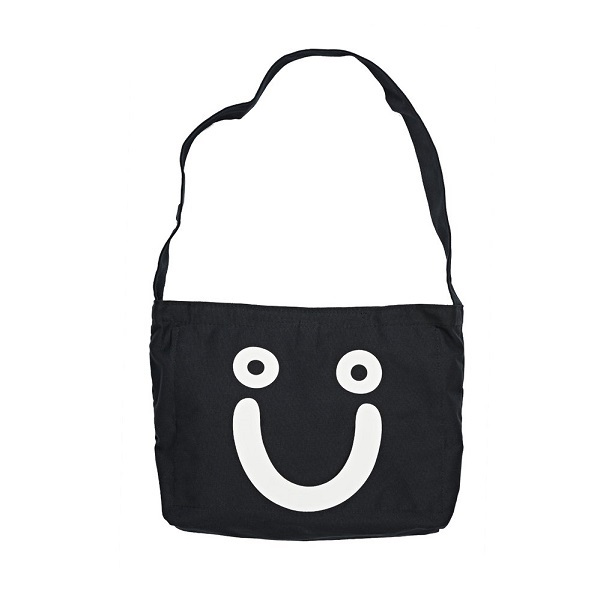 7j62Q8sYQSCMUMYRdpWv_Happy-Sad-Tote-Bag-Black-2_1024x1024.jpg