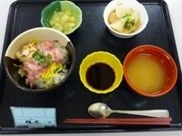 171031ねぎとろ丼 (2)