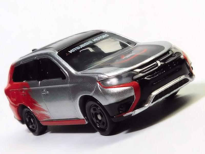 【レビュー】AEON チューニングカーシリーズ第34弾 三菱 アウトランダーPHEV ラリー仕様車