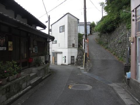 薩た峠江戸方登り口