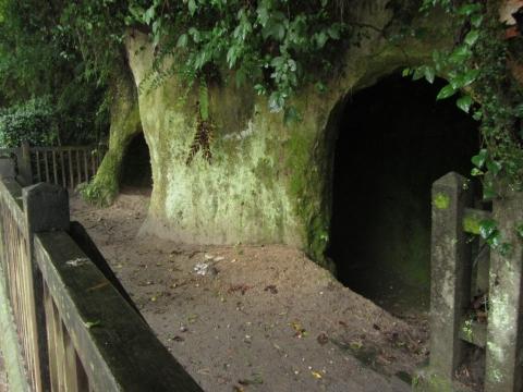 西郷隆盛洞窟