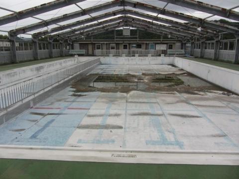 旧屋内プール