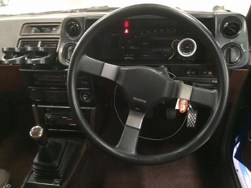 ハチロク 車内 AE86
